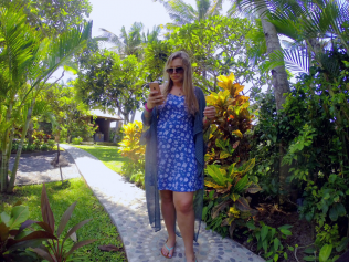 How To Use Your Phone Abroad - Get Lost With Jackie