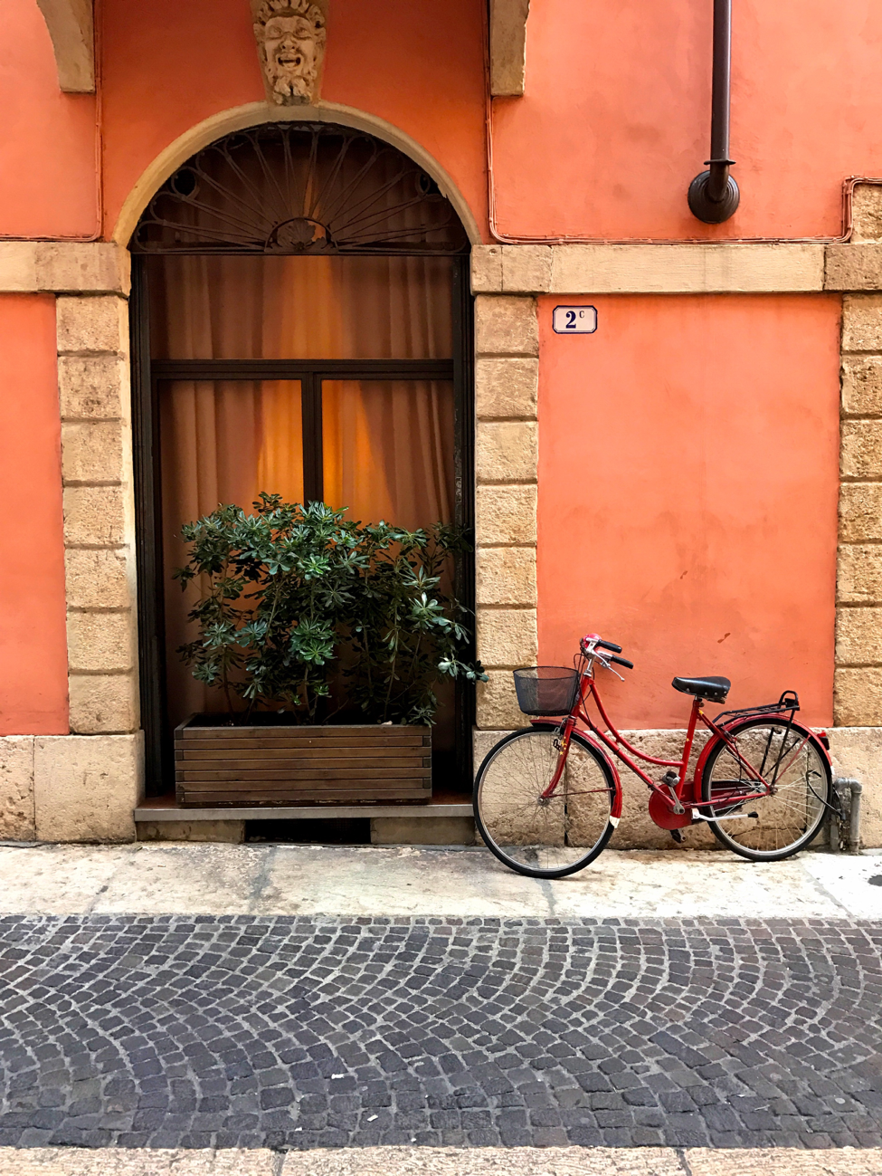 17 Photos to Inspire You to Visit Verona, Italy - Get Lost With Jackie